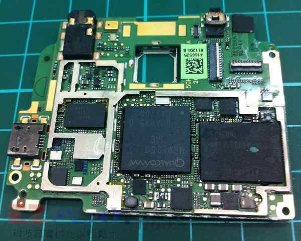 经过检测主机板因泡水超过一个月以上,主要机板上核心零组件受损严重